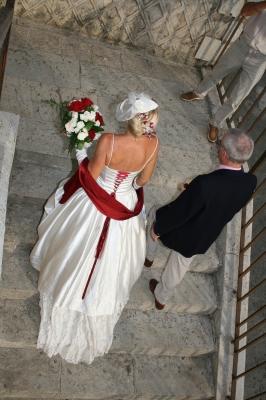 Mariage Bordeaux et Blanc - Les Mariages de Shana