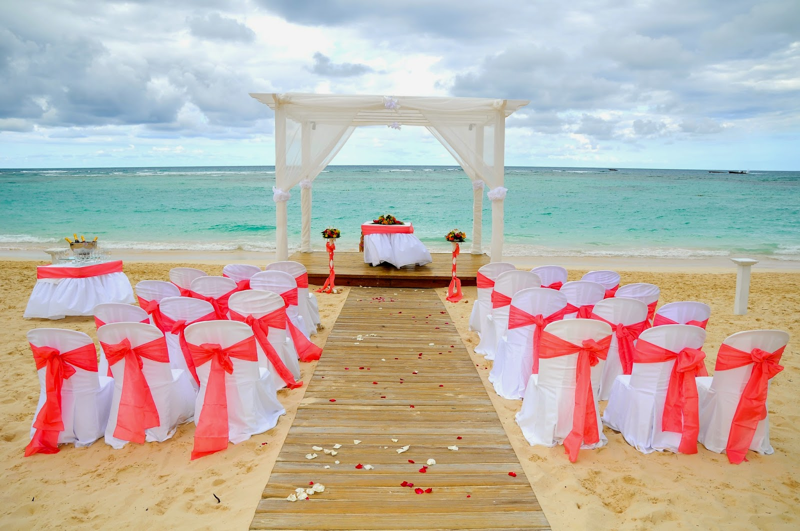Mariage sur la plage mariages de shana - Mariage a la plage ...